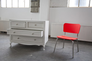 split_personality_dresser&hyperactive_chair